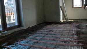Отоплителна система XL-тръба, полагане на циментова замазка